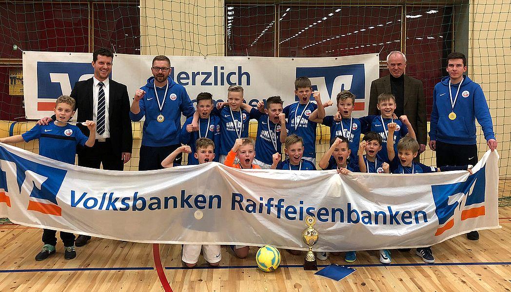 E-Junioren ermitteln Hallenmeister vor über 400 Zuschauern
